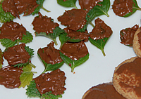 チョコレートが固まったら出来上がりです。