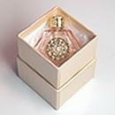 アロマテラピー教室「Natural Herb ナチュラルハーブ」「母の日に贈る香水講座」を開講します。香水瓶のサンプルです。
