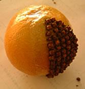 アロマテラピー教室「Natural Herb ナチュラルハーブ」アロマテラピー検定対策の専門サイト。ハーブで手作り「ポマンダー」製作途中